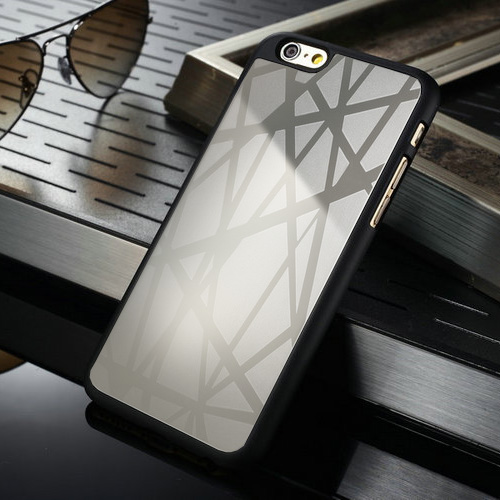 iPhone 6 Schutzhülle schwarz mit Alueinlage silber - Motiv Striche